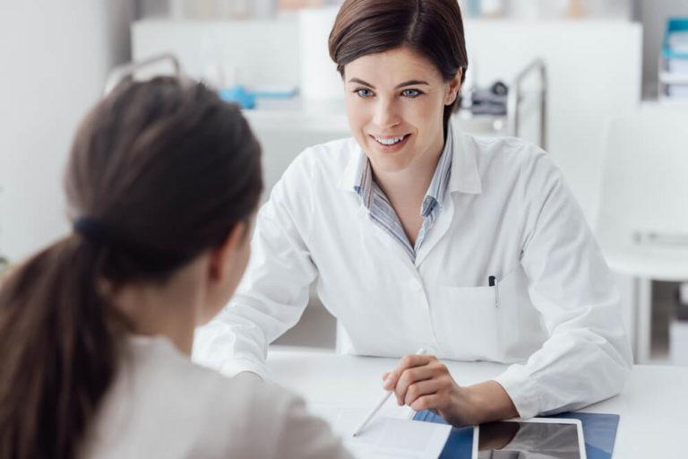 Arts vrouw consult Pamgene